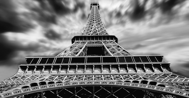 eiffel-tower-1784212_640