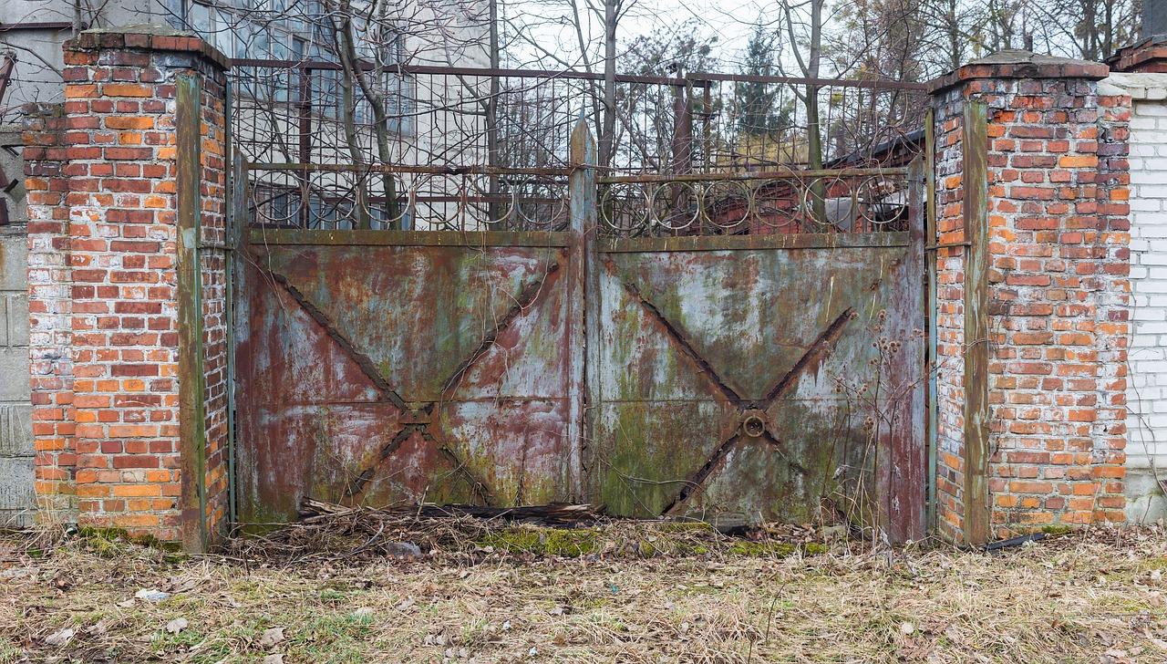gate-1234913_1280